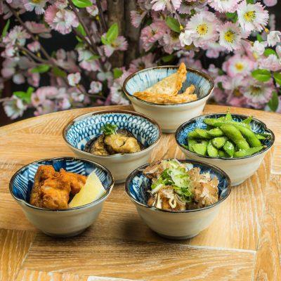 Ensemble cinq bols japonais en céramique