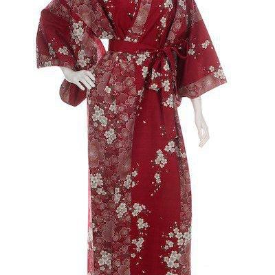 Kimono Yukata long rouge motifs Fleur de cerisier