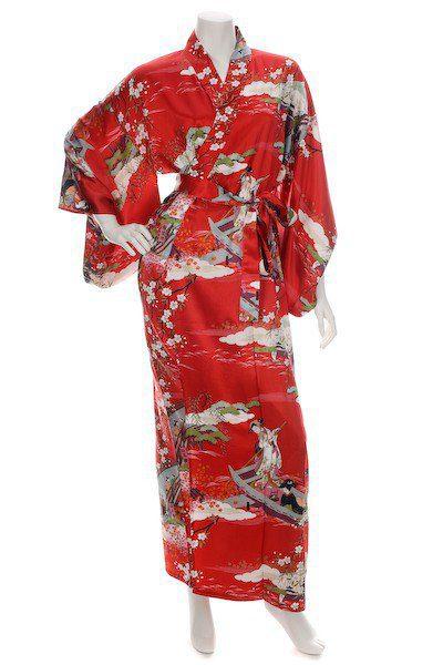 Kimono Japonais long rouge en soie motifs Ukiyoe